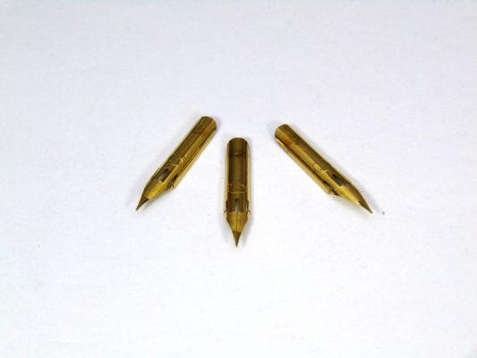 ngoi but la tre 4 533x400 - Ngòi lá tre calligraphy gold
