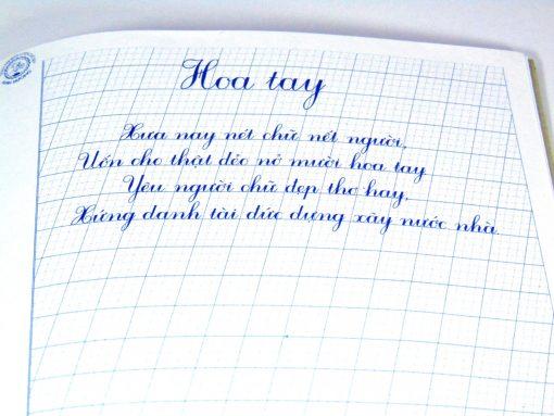 vở luyện chữ đẹp mẫu nghiêng