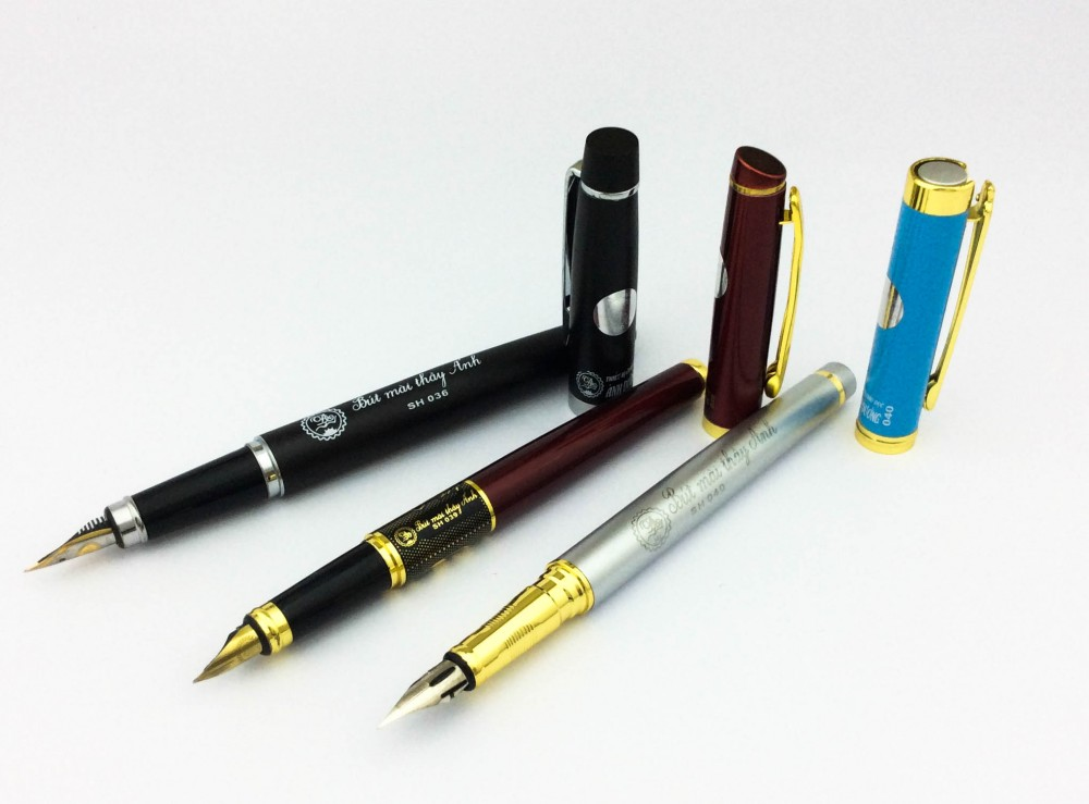 Bút mài thầy ánh học sinh