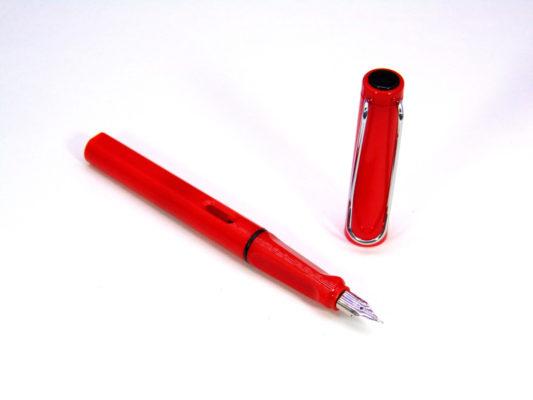 but tap viet 9 533x400 - Bút tập viết - Bút luyện chữ cho học sinh lớp 1