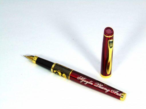 khắc tên lên bút