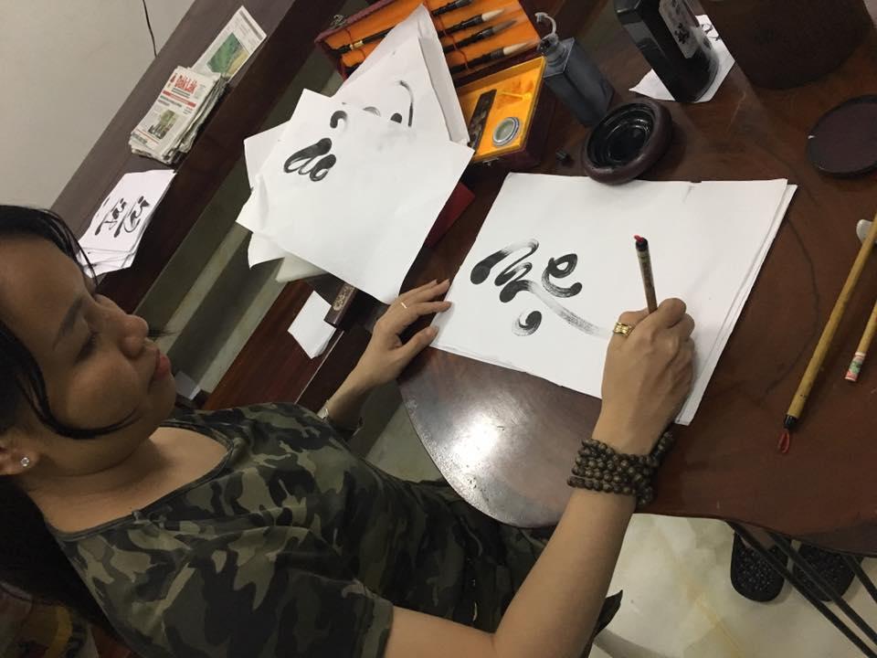 viet chu thu phap 6 - Tự học viết chữ thư pháp đơn giản, hiệu quả tại nhà