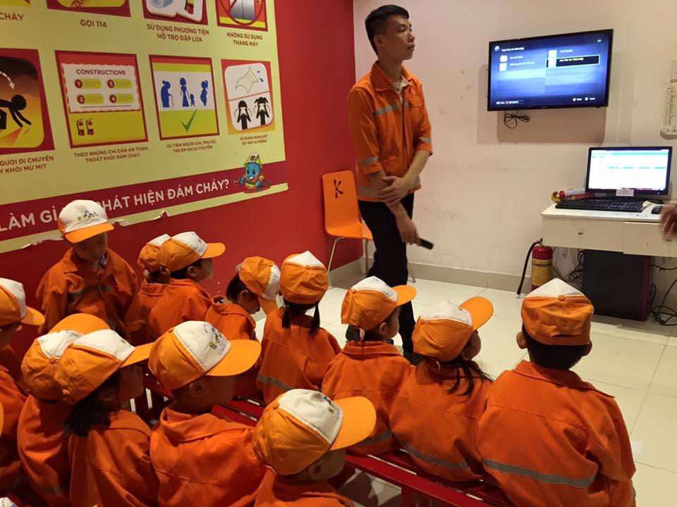 ky nang lang nghe 3 - Những lợi ích bất ngờ khi bố mẹ rèn luyện cho con kỹ năng lắng nghe